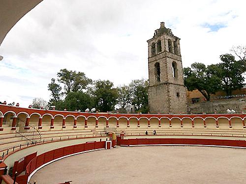 Abren centro de acopio en la plaza de Tlaxcala
