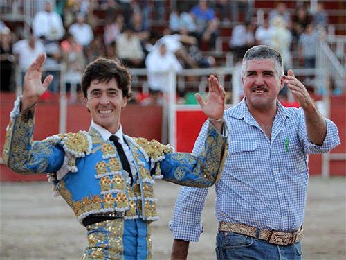 El Capea indulta un toro en San Juan