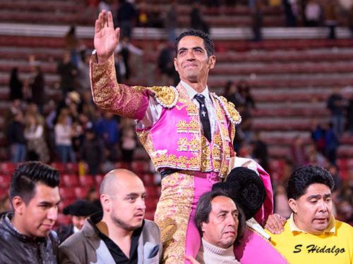 Garibay se despide de La México con un triunfo