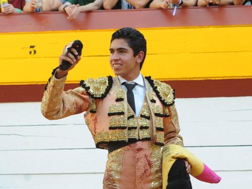 Héctor Gutiérrez puntúa en Algemesí