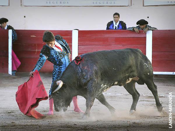 Juan Pedro corta oreja de peso en AGS