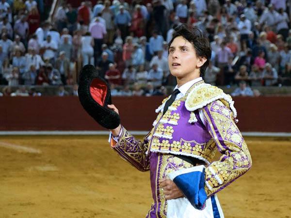 Roca Rey corta una oreja en Córdoba