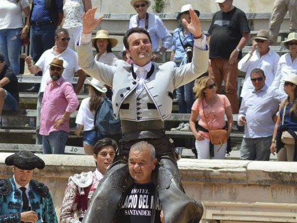 Rotundo triunfo de Andy Cartagena en Nimes