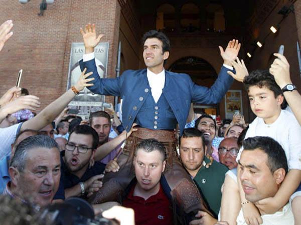 Sergio Galán sale a hombros en Las Ventas