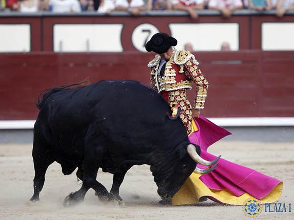 El Juli corta una oreja en Madrid