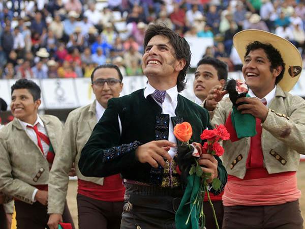 Rotundo triunfo de Emiliano Gamero en Xico