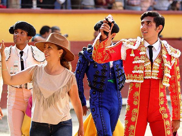 Astorga y Soriano tocan pelo en Tlaxcala
