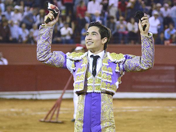 Armillita sale a hombros en San Luis Potosí