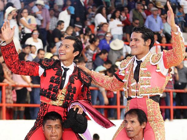 Téllez y Arriaga triunfan en Tetepango