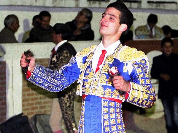 Iñaki Gonzalez corta dos orejas en Atitalaquia