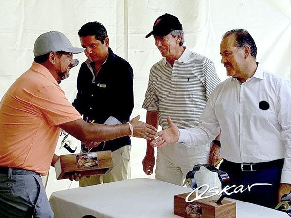 "Realizan torneo de golf en homenaje a ""Armillita"""