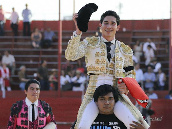 Armillita IV sale a hombros en Tijuana