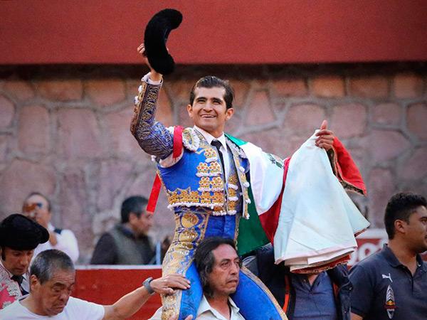 Joselito saca la casta en Zacatecas