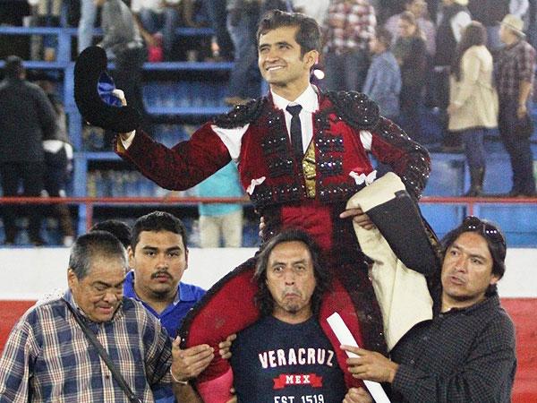 Rotundo triunfo de Joselito en Uriangato