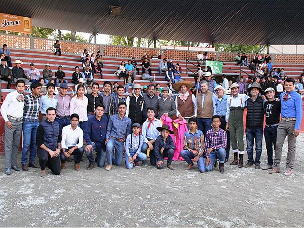 Realizan tientas públicas en Tlaxcala