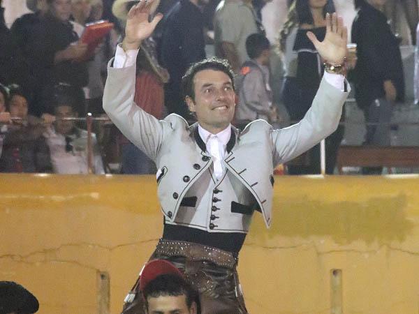 Andy Cartagena triunfa en Teocaltiche