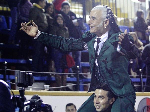 Rafaelillo sale a hombros en El Relicario