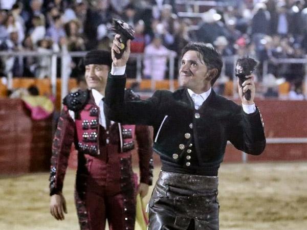 Ventura y Calita triunfan en Arandas