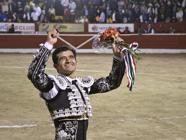 Joselito corta solitaria oreja en Mérida