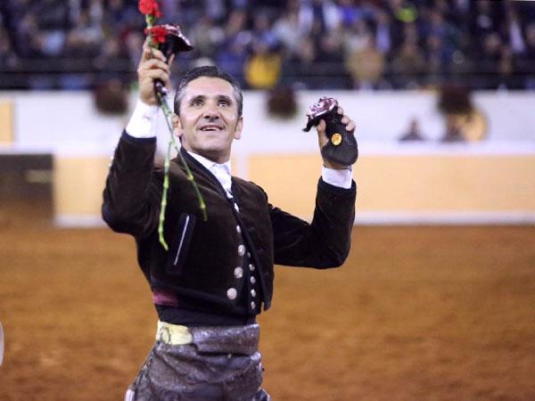Diego Ventura sale a hombros en Juriquilla