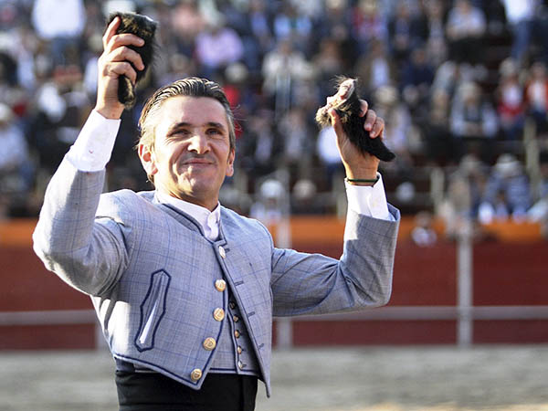 Diego Ventura triunfa en Val Quirico