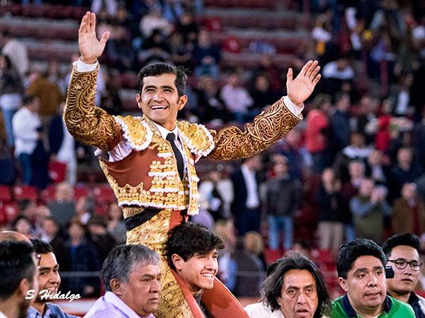 Joselito ratifica su jerarquía