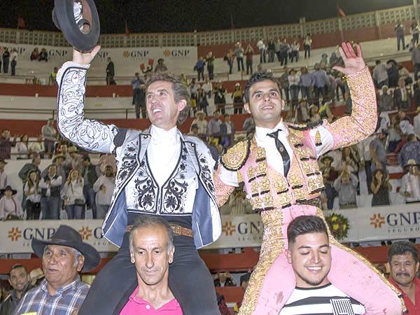 Hermoso y Garza triunfan en Monterrey