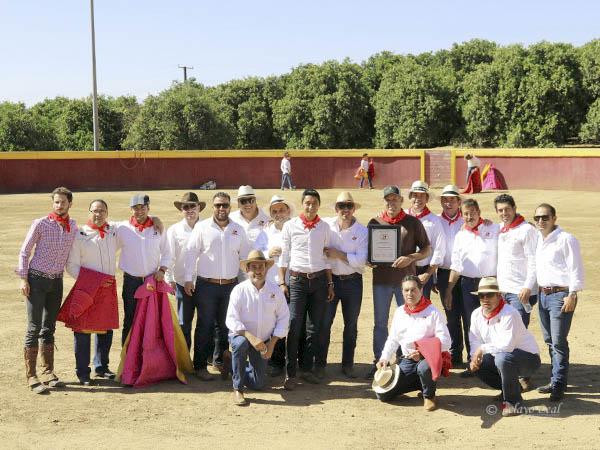 """Festejan aniversario de """"Aja Toro"""" en Anaheim"""