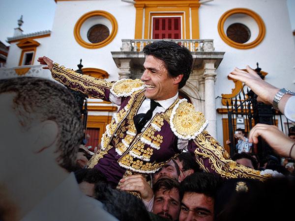 Pablo Aguado abre la Puerta del Príncipe