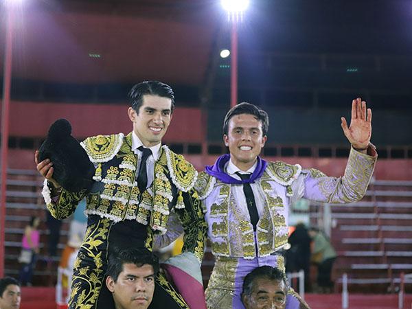 El Calita y Neyra salen a hombros en Tijuana