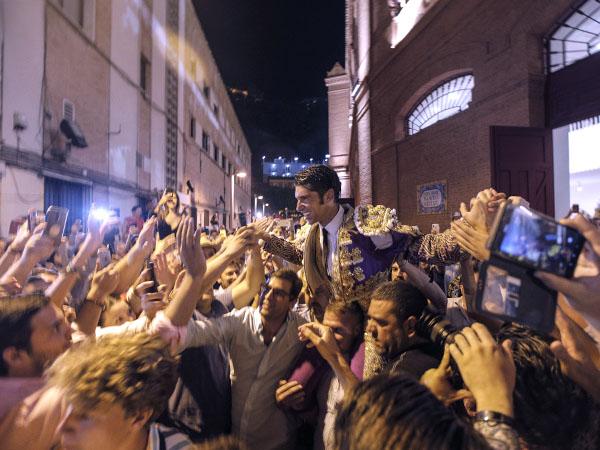 Gran tarde de Cayetano en Málaga