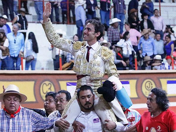 Mauricio triunfa con Mimihuapan