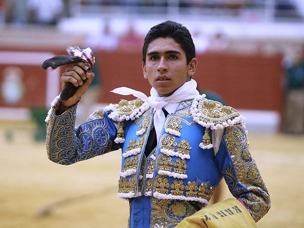 Gutiérrez corta una oreja en Villaseca