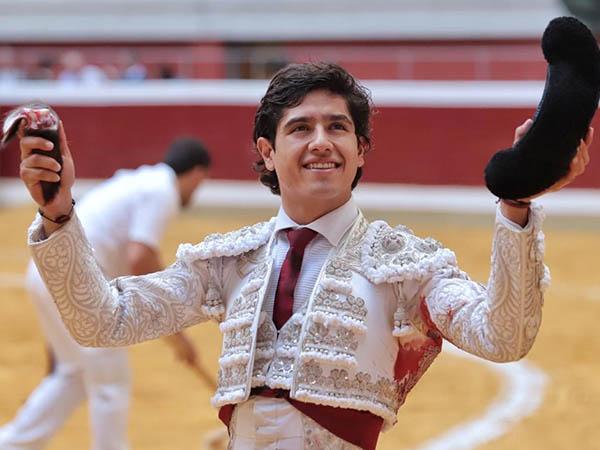 Luis David y Juan Leal triunfan en Logroño