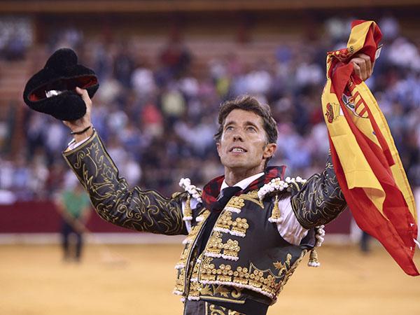 Destaca Escribano en la corrida de Zaragoza