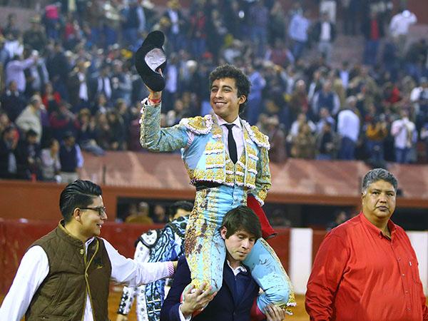 Leo indulta un toro en San Luis Potosí