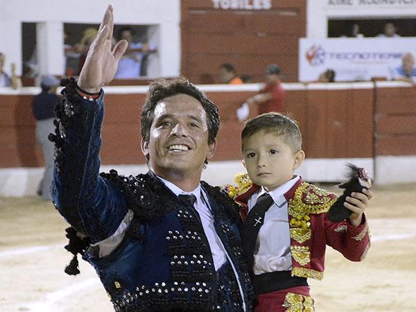 Triunfan El Chihuahua y Hermoso en Mérida