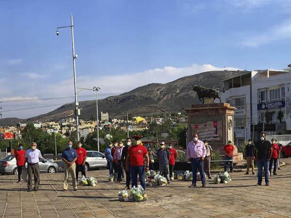 Apoyan a monosabios de Zacatecas