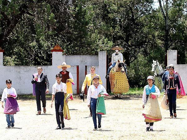 Dedican festival a los niños taurinos de Tlaxcala