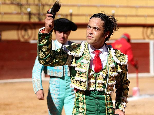 José María Macías corta la única oreja en TLAX