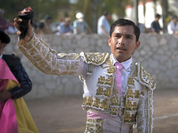 """El Tuco y Del Castillo triunfan en """"Las Fuentes"""""""