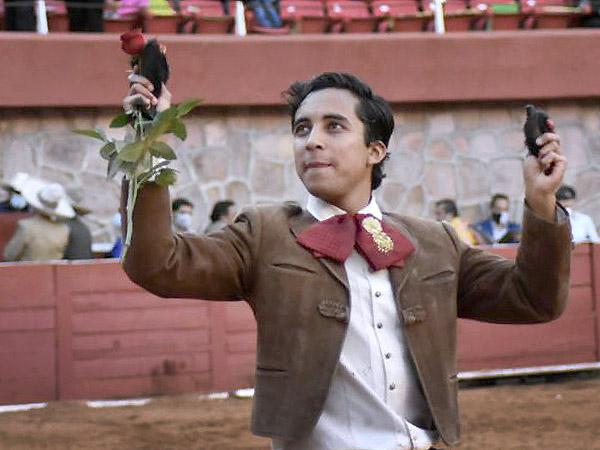 Luminosa y torera tarde de Leo en Zacatecas