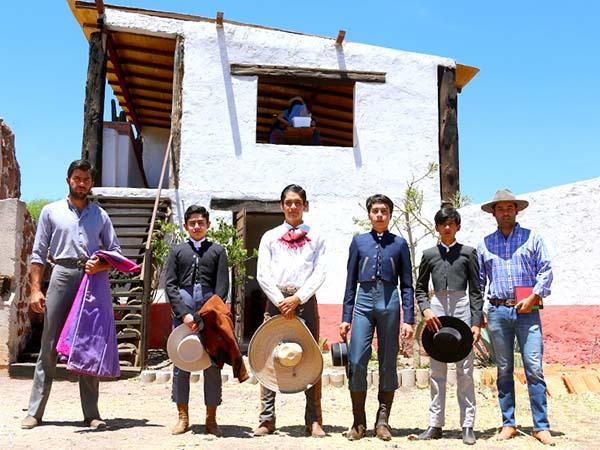 Destaca Peláez en el festival de Tierra Nueva