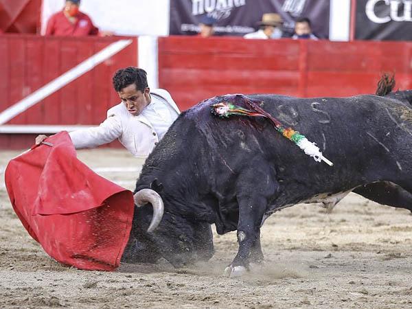 Leo y Rodríguez destacan en León