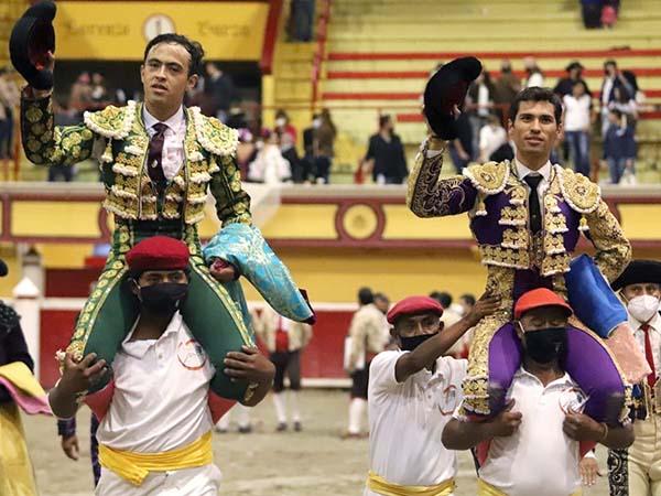 Macías y Martínez rivalizan en Teziutlán