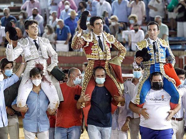 Viven tarde redonda en Huelva