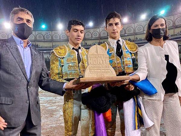 Fonseca y Perera comparten trofeo en Santander