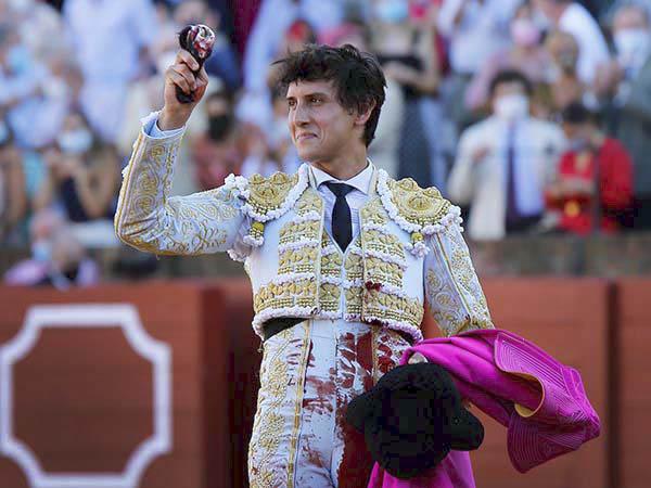 Roca Rey corta la única oreja en Sevilla