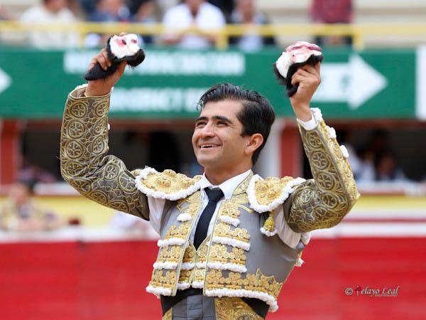 Joselito Adame corta tres orejas en Tijuana