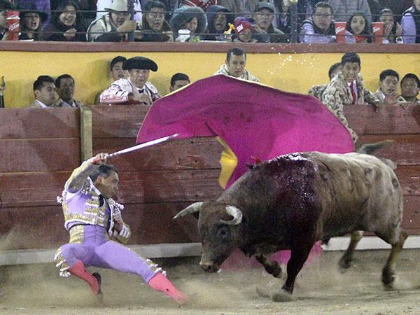 Zotoluco triunfa en su adiós de Tlaxcala